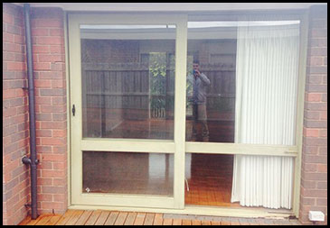 Sliding Doors - Before